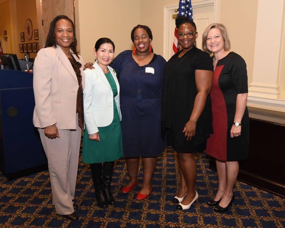 L to R: Gina James, TFS CEO, Yumi Hogan, First Lady, Yasmeine Ford, TFS student, Angela Williams, TFS Program Therapist, Kelli Kunert,  TFS Director of Communications & Development